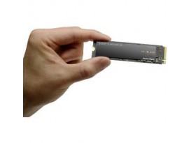 WD Black SN750 NVMe SSD 250GB M.2 2280 PCIe 3.0 x4 - internes Solid-State-Module, ohne Kühlkörper